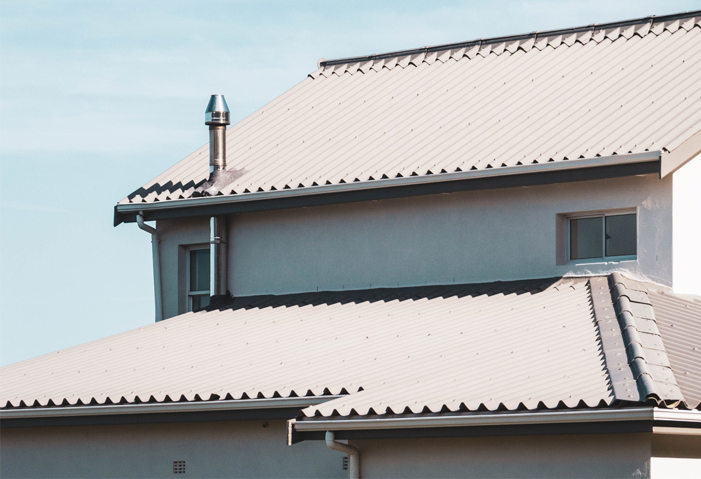 Does Your Roof Affect Your Cellphone Reception?