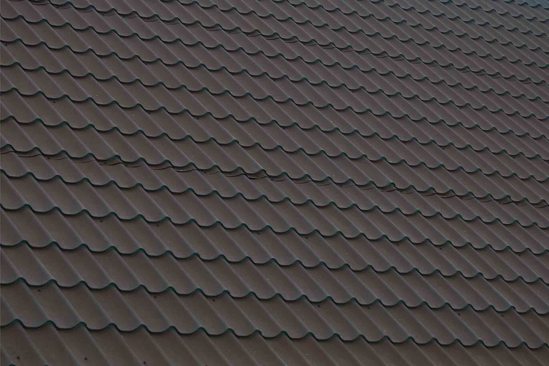 Which is Better a Shingle or Metal Roof?